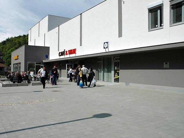 A-centrum v Adamově - ilustrační foto.