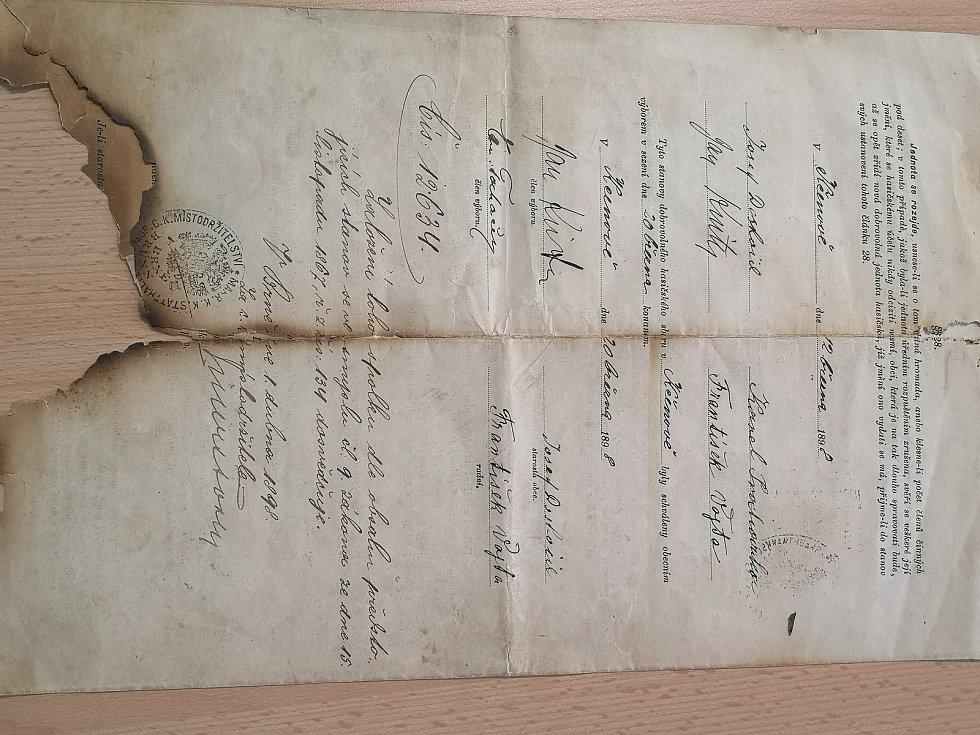 Dokument o založení sboru.