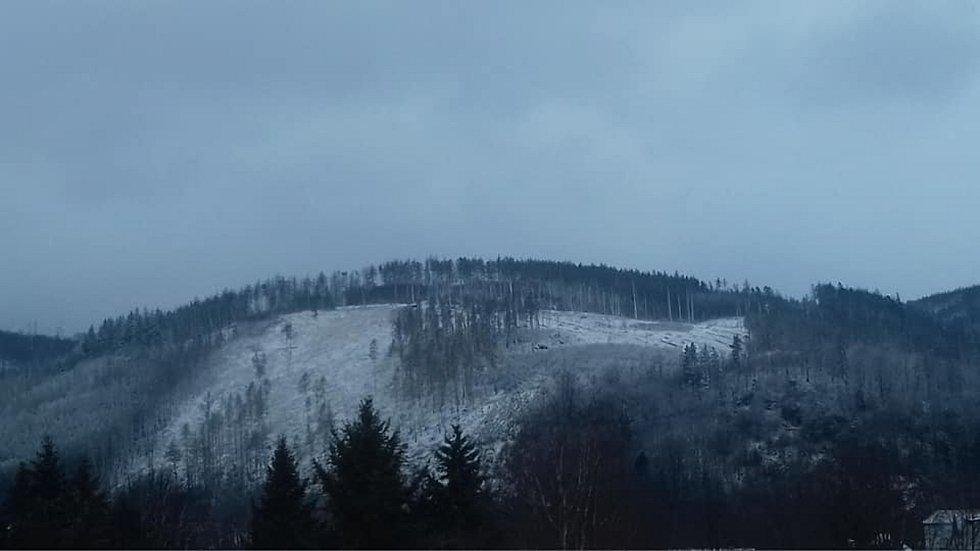 V Boskovicích se dnes lidé probouzeli do sněhové nadílky.