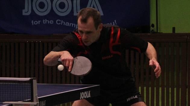 Stolní tenisté Blanska si v nedělním zápase po dlouhém boji poradili s Chocní a porazili ji 10:7.