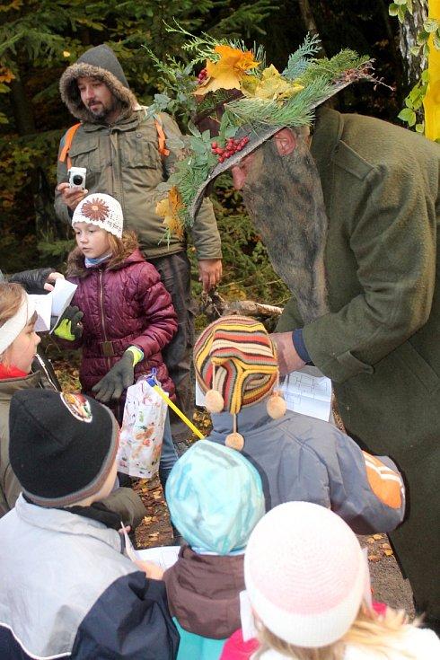 Pohádkový les v Rudici baví děti už dvacet let.