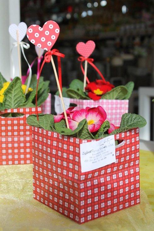 Obchody v Blansku v pátek ovládl svátek svatého Valentýna.