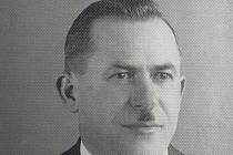 Učitel a sokolský činovník František Řepka, který pocházel z Železnice u Jičína.