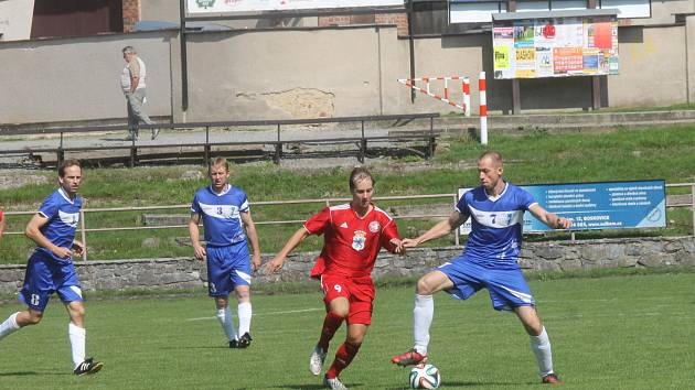 V Boskovicích (foto) i v Kunštátě Lipovec prohrál pouze 2:0, body ovšem nevozil ani z ostatních venkovních zápasů. Pouze ve Šlapanicích remizoval 2:2. Na jaře hraje Lipovec v prvních čtyřech kolech s Kunštátem, Boskovicemi i vedoucí Líšní.