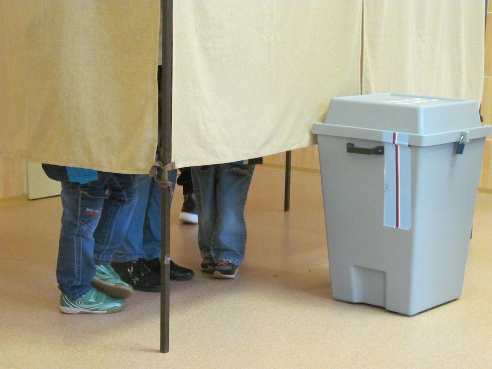 Volební okrsek číslo jedna byl v Boskovicích v budově Střední pedagogické školy