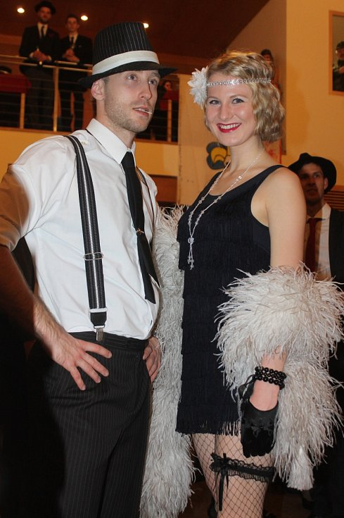 Třetí ples skautského střediska Boskovice byl na téma mafie.