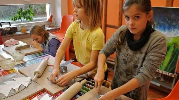 V Domě dětí a mládež Blansko každý rok otevírají čtyři nebo pět nových kroužků.