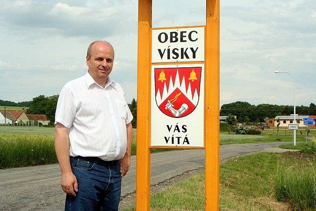 Do soutěže se Vísečtí tento rok přihlásili poprvé. Na snímku starosta obce Stanislav Kamba.