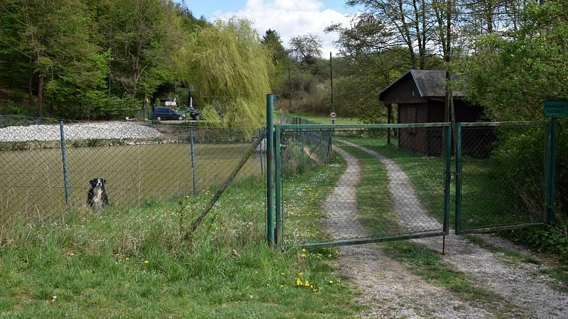 Rybník Na Lopatě má nyní soukromého vlastníka.