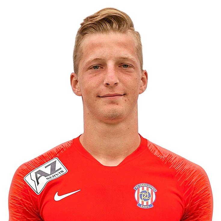 Fotbalista Marek Mach prošel mládeží brněnské Zbrojovky, v A týmu se příliš neprosadil.