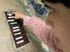 V Blansku si mohou zájemci v ulicích města zahrát detektivní hru Přítmí.