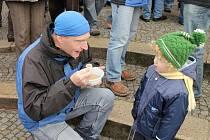 Boskovice slavily Vánoce tradiční akcí Polévka pro chudé i bohaté.