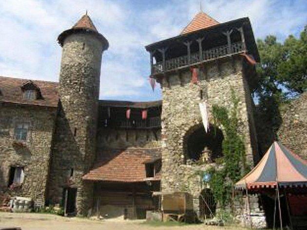 Nový hrad.