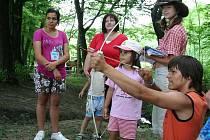 Děti z Dětského domova v Boskovicích zahájily prázdniny ve stacionáři ve Velenově.