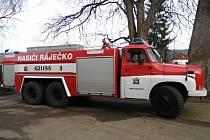 Nová cisterna dobrovolných hasičů v Ráječku.