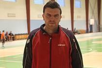 Florbalista, fotbalista a stolní tenista Luboš Bezděk při blanenském turnaji Atlas Cup.