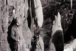 Jedna z prvních fotografií Amatérské jeskyně po objevu v roce 1969.