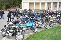 Sezonu drnovičtí motorkáři slavnostně zakončovali už loni.