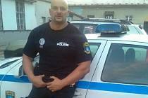 Michal Krátký pracuje jako strážník blanenské městské policie.