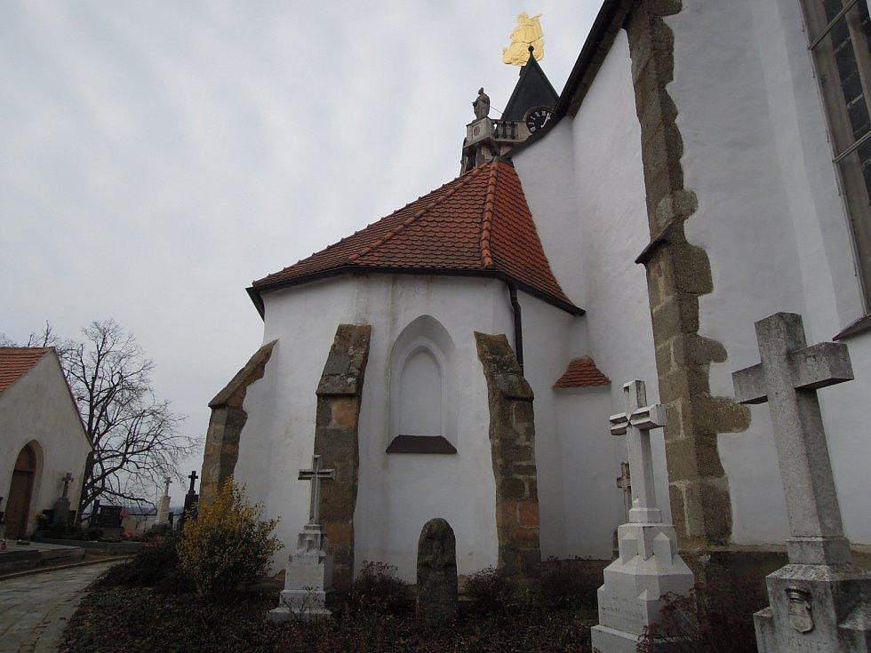 V dnešním díle se podíváme na Třebíčsko. Do obcí Rudíkov a Budišov.