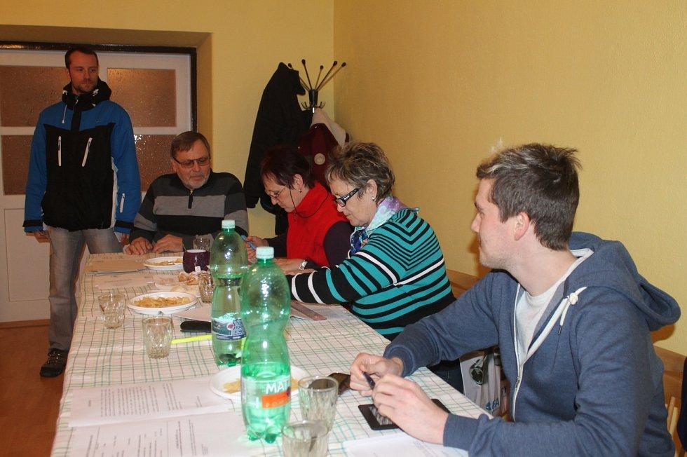 V Šebrově-Kateřině se konalo referendum kvůli chystané stavbě multifunkční haly. V obci totiž chybí tělocvična i místo k setkávání lidí.