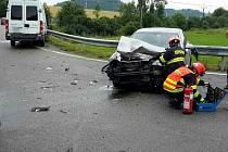 V Bořitově bourala dvě auta. Jeden z řidičů nedal přednost.
