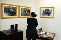 Z výstavy fotografií Jindřicha Buxbauma.