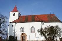 Kostel Všech svatých v Újezdě u Černé Hory.