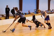 Florbalisté Blanska B už odehrají zbylé zápasy v domácí sportovní hale. A tým je druhý, má šanci na postup.