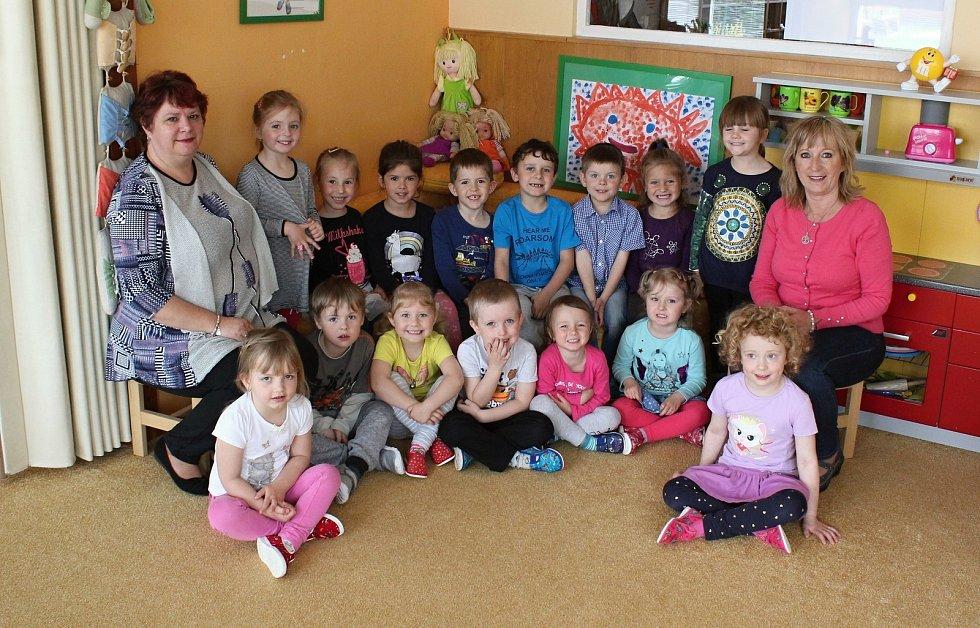 Děti ze třídy Koťátka z Mateřské školy Komenského Letovice.