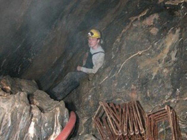Skupina amatérských jeskyňářů v pátek zahájí druhý pokus o odčerpání vody ze zatopené podzemní chodby v Daňkově žlíbku u Vilémovic v Moravském krasu.