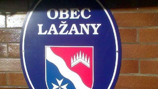Obecní znak Lažan.