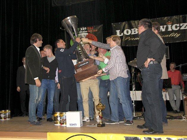 Na konec sezony uspořádalo vedení Malé kopané Blansko slavnostní Galavečer v sokolovně v Rájci-Jestřebí.