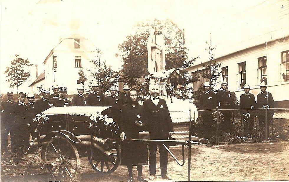 Ze života dobrovolných hasičů v Bukovině.