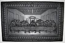 Reliéf Poslední večeře si lidé prohlédnou ve vestibulu blanenského zámku.