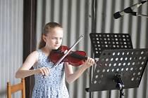 Talentovaná houslistka