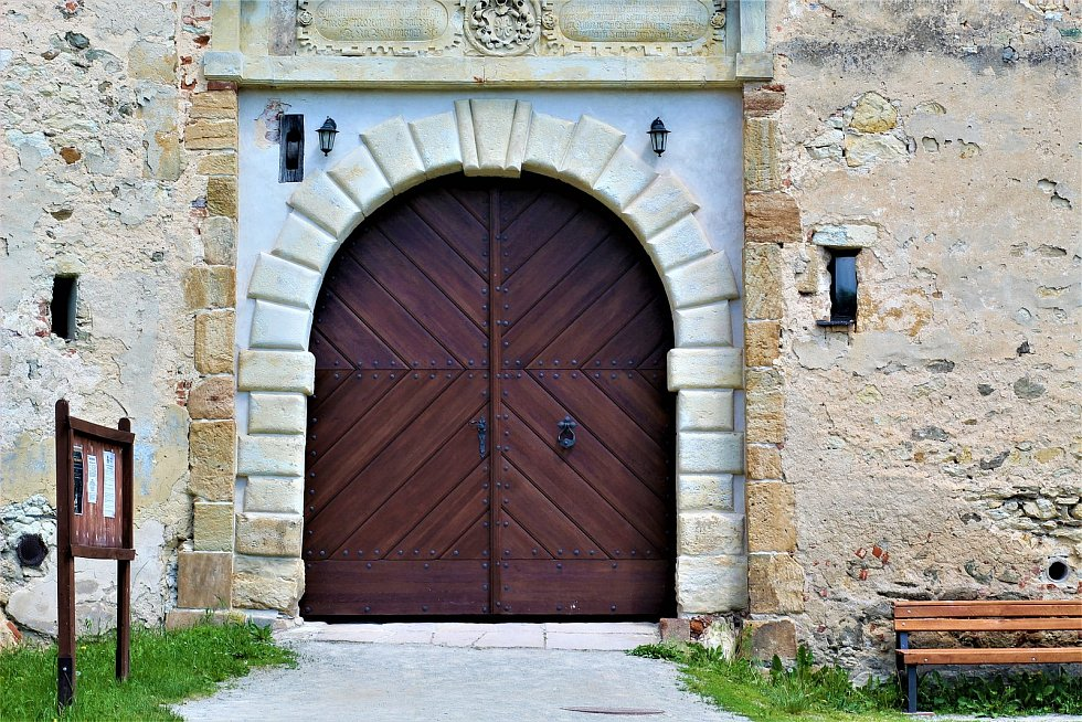Z procházky kolem boskovického hradu.