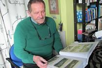 Blanenský galerista Pavel Svoboda se dlouhodobě věnuje sběru historických pohlednic z Blanska. Ve sbírce jich má 250.