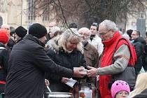 Boskovické Masarykovo náměstí už podevatenácté obsadily stovky svátečně naladěných strávníků.