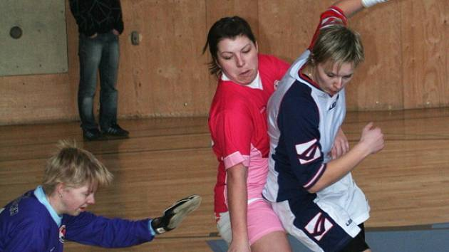 Valentýnský turnaj ve fotbale žen.