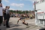 Tahání tahače, převracení obří pneumatiky, aerobik, bojové sporty. To vše a mnohem více nabídl boskovický Strongman.
