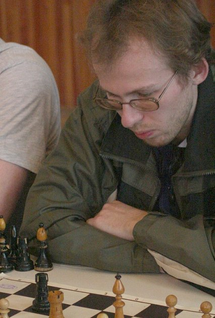 ŠACHOVÁ KONCOVKA. Martin Handl se soustředí.