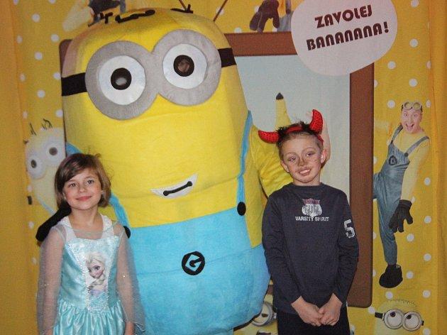 Kulturní dům v Adamově ovládl karneval. Děti si hrály s Mimoni