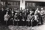 Historická fotografie členů sboru z Drnovic.
