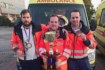 Trojice ve složení lékař Emil Kykloš, záchranář Petr Chlup a řidič Jan Antonín Barbořík vyhrála prestižní soutěž záchranářů na Slovensku.