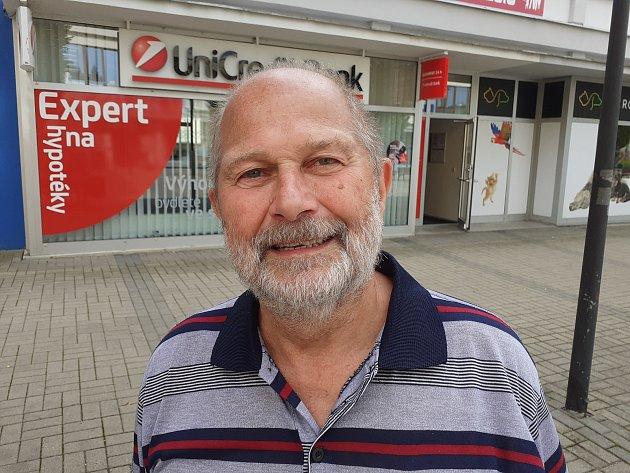 Petr Škrabal, 73let, vdůchodu, Blansko.