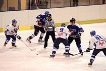Blanenští hokejisté se na vítězství s Plumlovem doma pořádně nadřeli.
