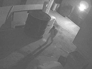 Neznámý zloděj se vrátil třikrát na stejné místo