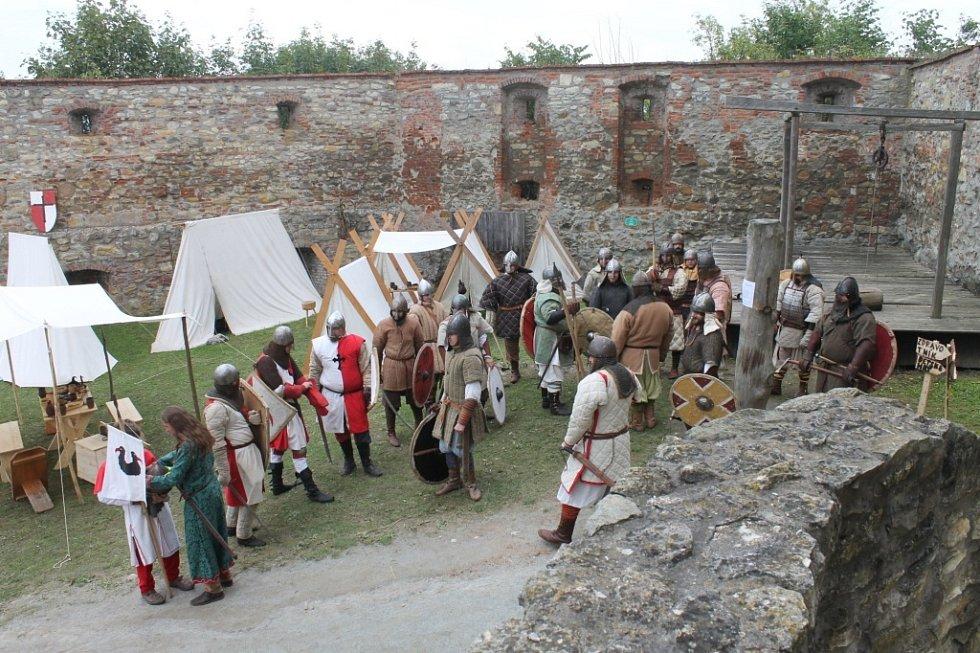 Dobývání hradu Boskovice.