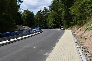 V Boskovicích dokončili nový chodník do Pilského údolí.